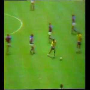 Brazil [4]-1 Italy- Carlos Alberto 86'