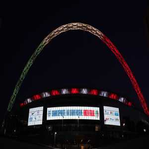Tonight, England were scheduled to play Italy in an International Friendly. Whilst there was no game, the Wembley Stadium was lit up in the colours of the Italian flag, with the message 'We are separated, but we are together. Forza Italia.'
