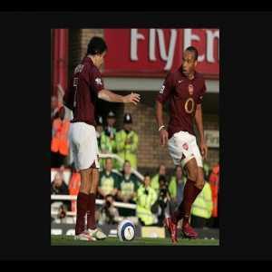 Arsenal vs Man City | Pires Penalty