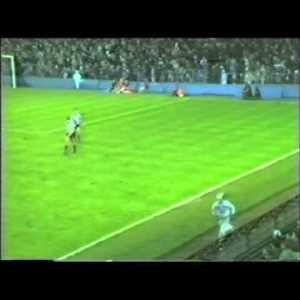 Beat limbs I've ever seen. Grimsby winning in the last minute against Everton in the late 80s. Skip to 0:20