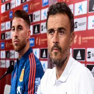"Luis Enrique: ""I only knew Sergio Ramos from references and from having played against him. When I met him, I was pleasantly surprised; there is a reason why he holds [Spain's] record for international appearances. I was surprised by his leadership skills and personal qualities."""