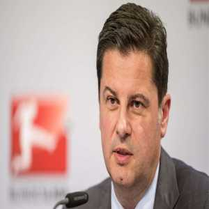 """""""In the short term, I would say the transfer market this summer will not exist, it will collapse"""" - Bundesliga CEO Christian Seifert"""