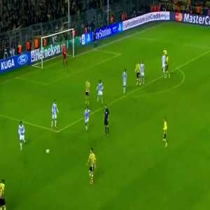 On this day 7 years ago, Dortmund scored 2 goals in injury time to beat Malaga in CL Quarterfinals (Reus 90+1', Santana 90+3') (Dortmund 3-2 Malaga)