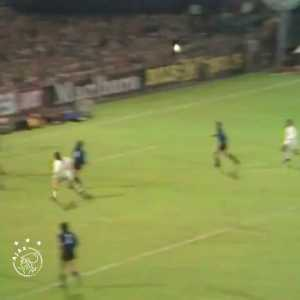 On this day in 1972: 2 goals from Johan Cruyff led Ajax to defeat Inter Milan in the European Cup final clinching their second title in a row. A game known us Total Football greatest moment.