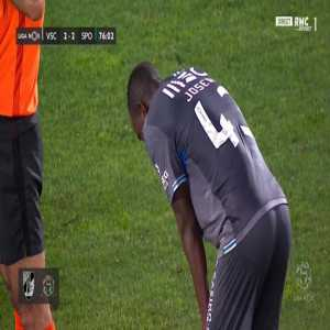 Joseph Amoah (Vitoria Guimaraes) second yellow card against Sporting 76'