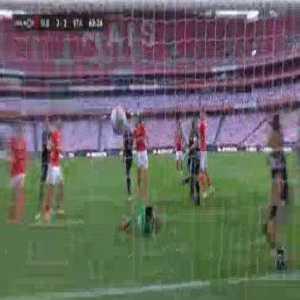 Benfica [2]-2 Santa Clara - Carlos Vinicius 65'