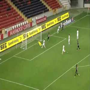 Gaziantep 1-0 Antalyaspor - Olarenwaju Kayode 58'