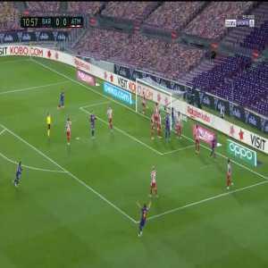 Barcelona 1-0 Atletico Madrid: Sergio Busquets goal 11'