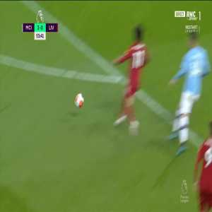 Sadio Mané strange miss vs Manchester City
