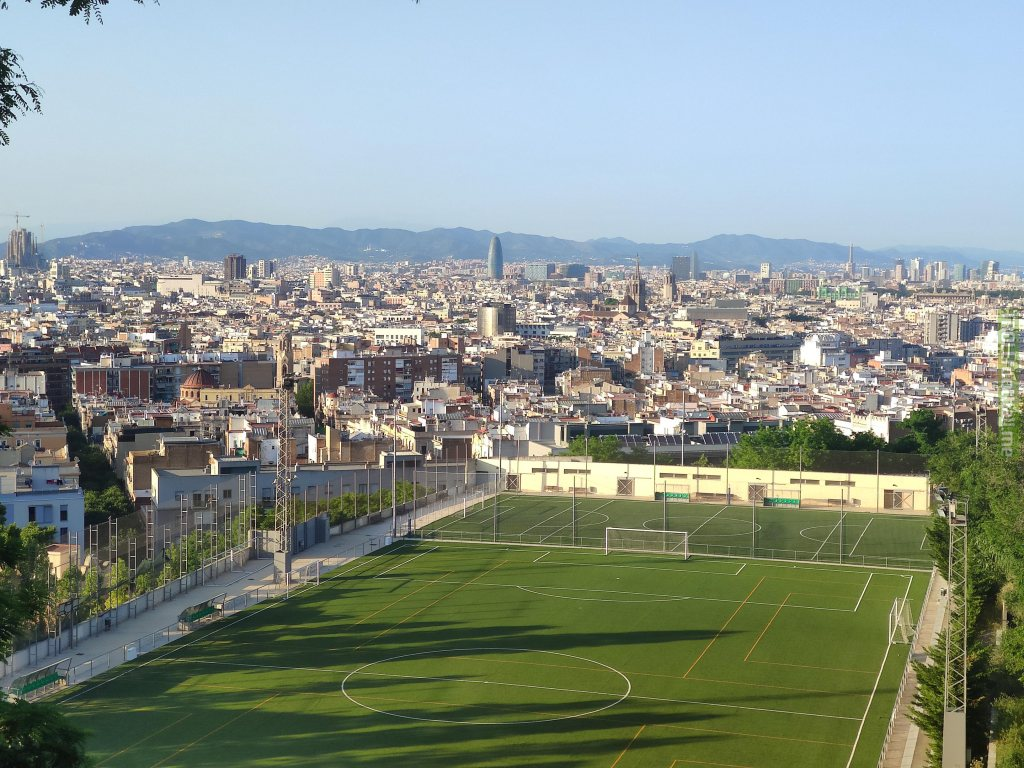 Beautiful pitch with views over Barcelona