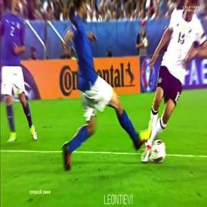 Florenzi save vs Muller [Euro 2016]