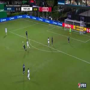 Great save from Johnson 54' (NYCFC 1-1 Portland)