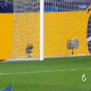 Juventus [1]-1 Lyon: Cristiano Ronaldo penalty goal 43' [1-2 agg.]