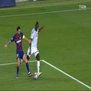 Barcelona 3-0 Napoli: Luis Suarez penalty goal 45+1' [4-1 agg.]