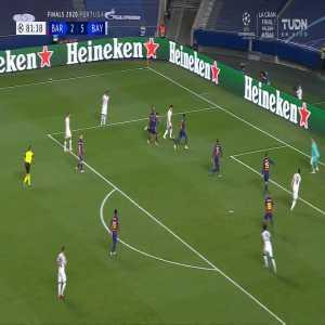 Barcelona 2-[6] Bayern Munich: Robert Lewandowski goal 82'