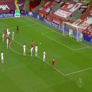 Liverpool [4] - 3 Leeds - Salah penalty 88'