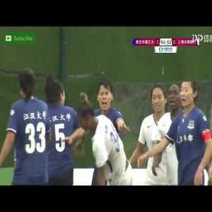 Women's league player receives a direct red card for a reckless tackle, then proceeds to elbow her opponent in the back causing a massive brawl in the Chinese Women's Super League