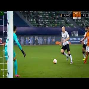 Wuhan Zall 0 - [2] Shanghai SIPG - Aaron Moy debut goal 71' (assist by Oscar)