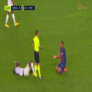 Abdou Diallo (PSG) red card vs Metz 65'