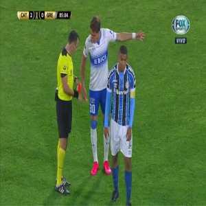David Braz (Gremio) straight red card against Universidad Católica 86'