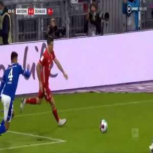 Alternative and slow-motion angles of Lewandowski's rabona assist