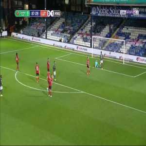 Luton Town 0 - [2] Manchester United - Marcus Rashford 87'