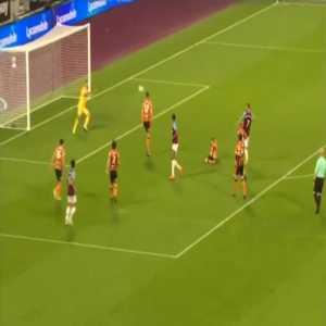 West Ham [5]-1 Hull - Andriy Yarmolenko 90'+2'