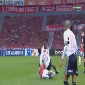 Internacional 1 - 1 Sao Paulo - Zé Gabriel red card