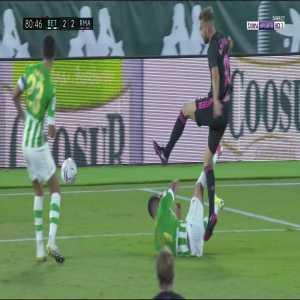 Real Betis 2 - [3] Real Madrid - Sergio Ramos penalty 82'