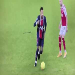 Neymar Jr nice skill against Stade de Reims