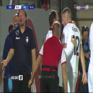 Rebic awful arm injury vs. Crotone