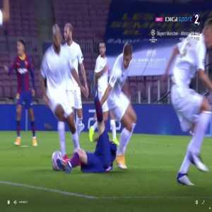 Barcelona [1] – 0 Ferencvaros 27' - Messi penalty + call