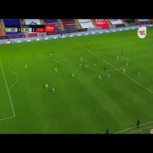 Club Leon [3] - 2 Club America - Luis Montes 52'