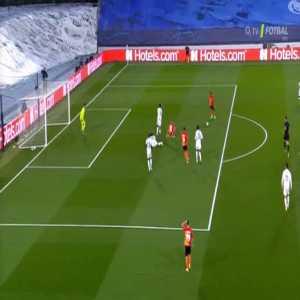 Real Madrid 0 - [1] Shakhtar - Tete 29'