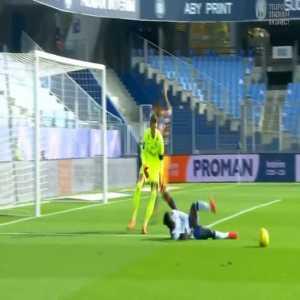 Montpellier 0-1 Stade de Reims - Boulaye Dia pen. 9' + Vitorino Hilton straight red card