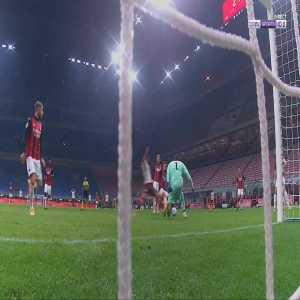 Milan 2-[2] Roma - Jordan Veretout penalty 71'