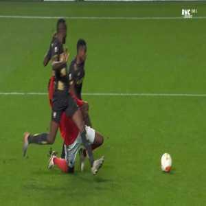 Benfica 2-0 Standard Liège - Gian-Luca Waldschmidt penalty 65'