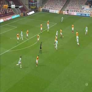 Motherwell 0-[1] Celtic: Mohamed Elyounoussi 8'