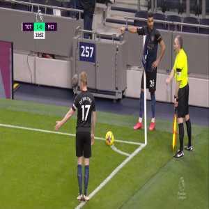 Tottenham - Manchester City - Riyad Mahrez attempting to grab referees attention