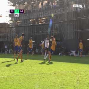 Fulham 1 - 3 Everton - Ivan Cavaleiro penalty miss 68'