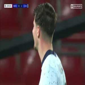 Alfred Gomis (Stade Rennais) nice save against Chelsea 29'