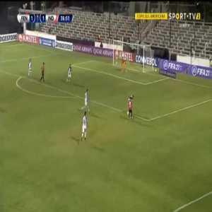 Fenix 1-[2] Independiente - Alan Velasco 38'