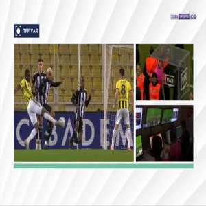 Fenerbahce [3]-4 Besiktas - Ozan Tufan penalty 90'+7'