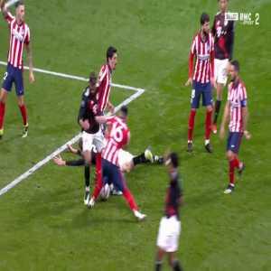 Atlético Madrid 1-[1] Bayern Munich - Thomas Muller penalty 86'