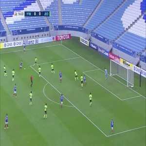Yokohama F.Marinos (1)-0 Jeonbuk Hyundai - Theerathon Bunmathan amazing long shot goal