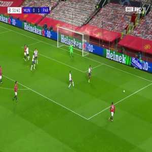 Manchester United [1] - 1 PSG - Rashford M. 32'
