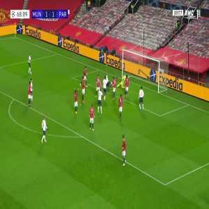 Manchester United 1 - [2] PSG - Marquinhos 69'