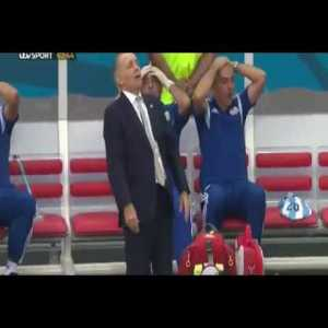 Alejandro Sabella reaction after Gonzalo Higuain missed vs Belgium in World Cup 2014