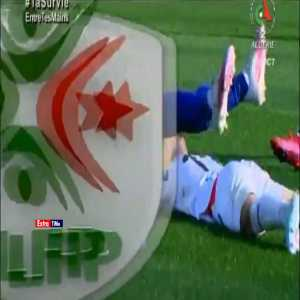 Mouloudia Algiers [1]-0 Olympique Medea - Great goal by Samy Frioui 7' (Algerian league)