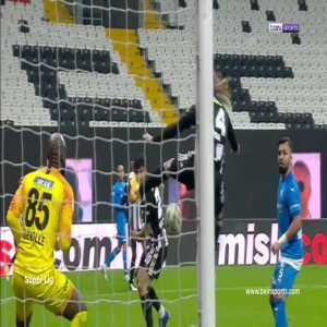Pretty amazing goal that Domagoj Vida (Besiktas) scored today that went under the radar.